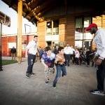 CasaOz - i giocatori della Fiat Torino Auxilium insegnano i loro trucchi ai bambini della casa