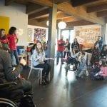 CasaOz - Giorgia Boni sorridente durante l'incontro con i bambini di CasaOz